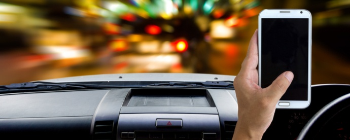 why-fleet-management-policy-should-include-mobile-phone-policy