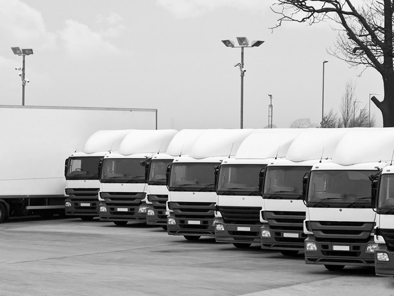 Benefit from box truck hire